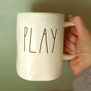 Rae Dunn play mug